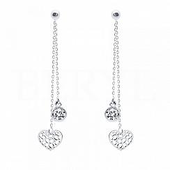 Kolczyki wiszące srebrne łańcuszki z serduszkiem i cyrkonią