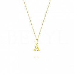 Złoty naszyjnik z literką A