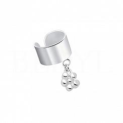 Nausznica srebrna gładka z wiszącym kwiatkiem
