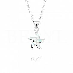 Zawieszka srebrna z białym opalem rozgwiazda